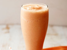 Healthy Carrot Pineapple Smoothie Recipe