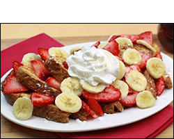HG's Big Banana-Berry French Toast