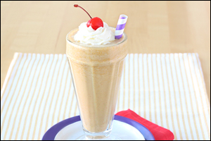 Hungry Girl's Creamy PB Shake