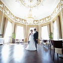 Big_magnificentwedding_bruidspaar_in_zaal