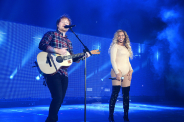 Beyoncé Brings Out Michelle Obama, Performs with Pearl Jam & Ed Sheeran at 2015 Global Citizen Festival