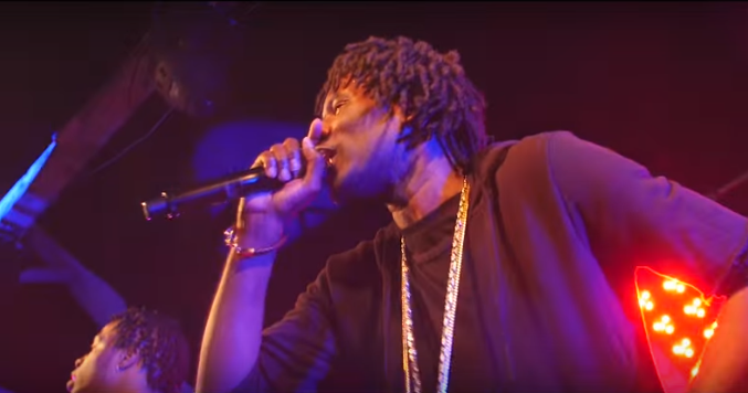 """Wretch 32 & Avelino Feat. Moelogo """"Gift To You"""" Video"""