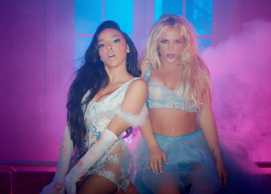 "Britney Spears f. Tinashe ""Slumber Party"" Video"