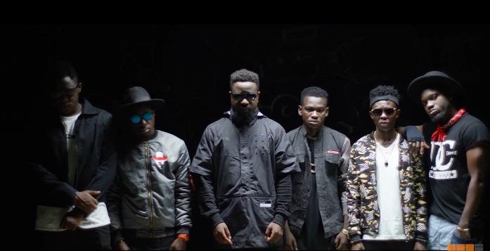 "Sarkodie f. TeePhlow, Medikal, Strongman, Koo Ntakra, Donzy & Pappy Kojo ""Trumpet"" Video"