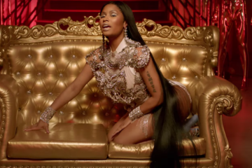 "David Guetta Feat. Nicki Minaj & Lil' Wayne ""Light My Body Up"""