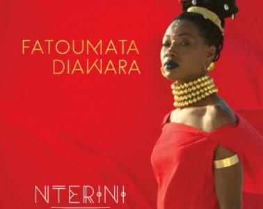 """Fatoumata Diawara """"Nterini"""" Video"""