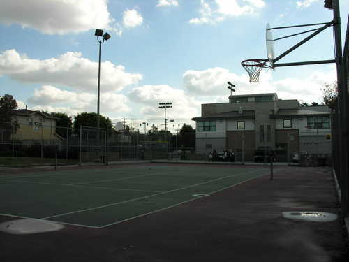 Inner_city_basketball_court