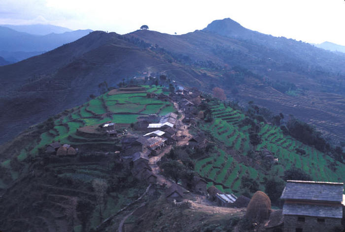 Nepal_village_small1