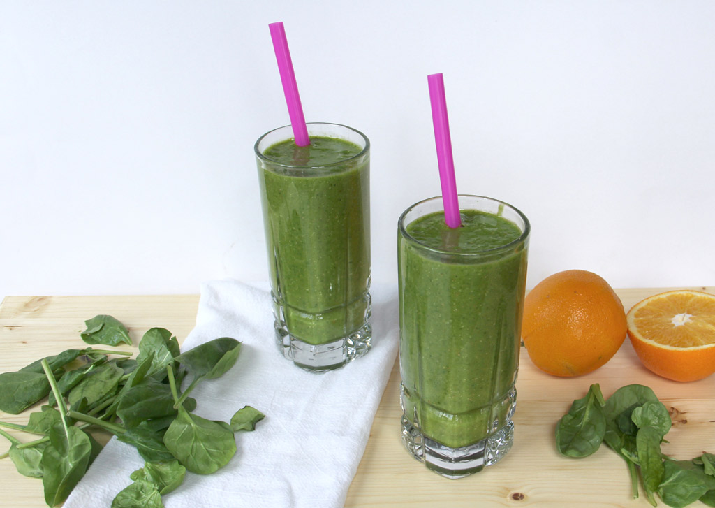 two glasses of Citrus Green Smoothie