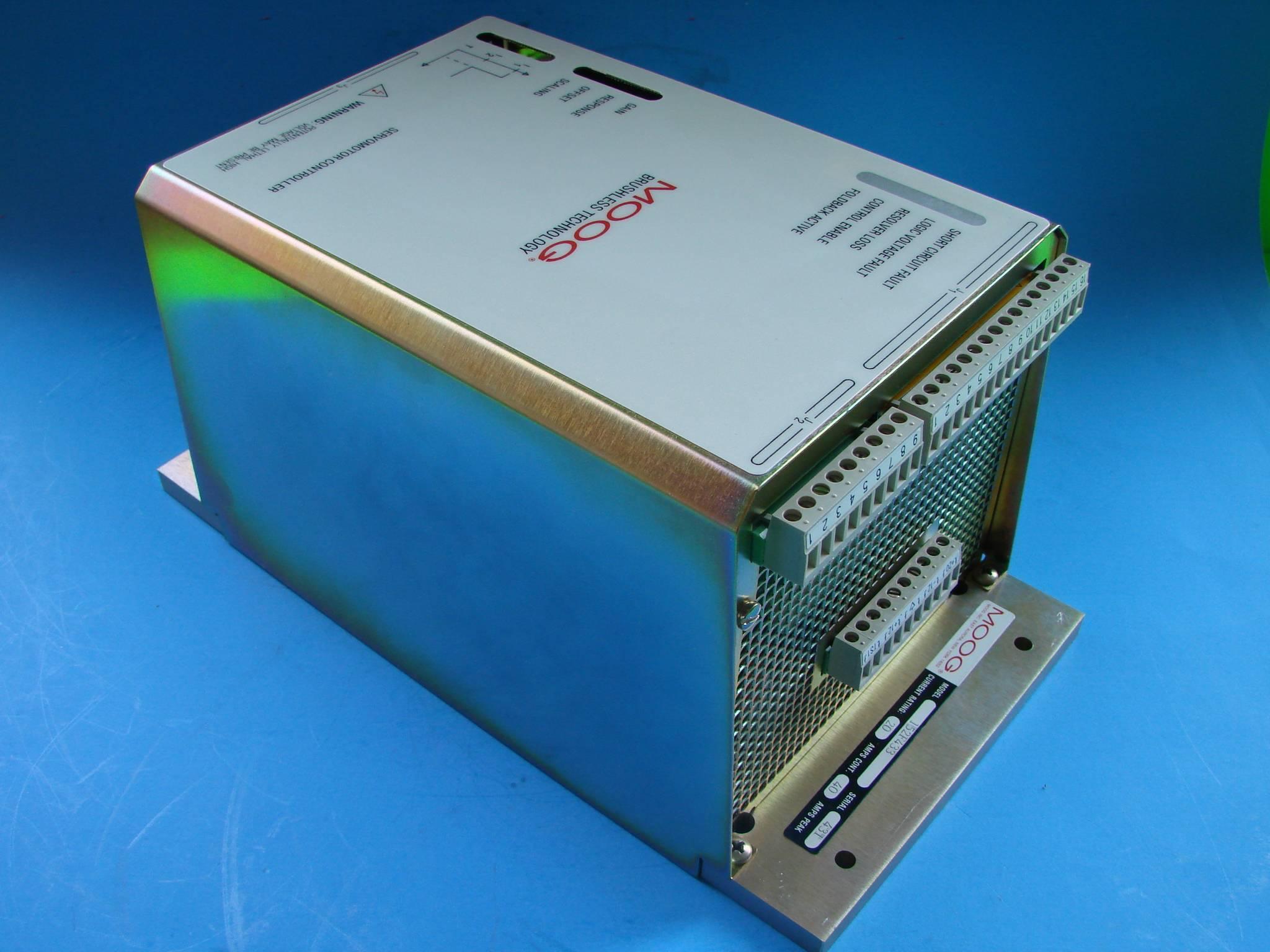 Moog servo motor controller 152 f 433 new 10449 for Servo motor with controller