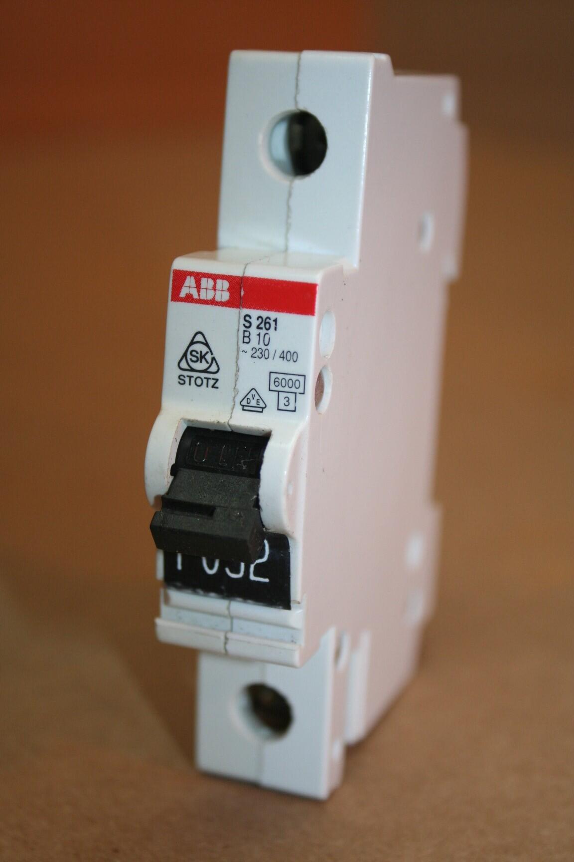 Abb 10 Amp Circuit Breaker S261b10 Used 19879 Ebay