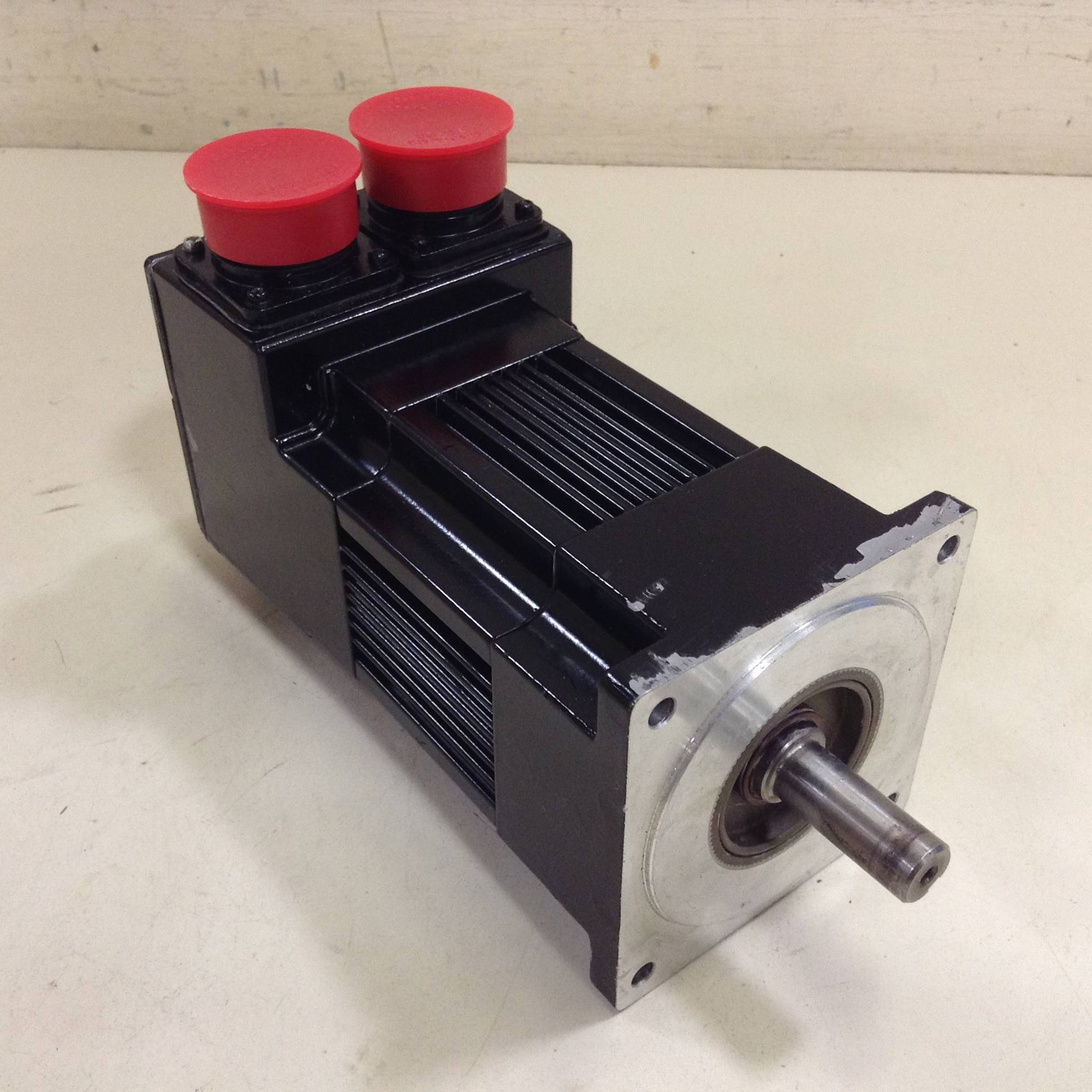 Pacific scientific servo motor r32gen0 r2 ns vs 00 used for Pacific scientific stepper motor