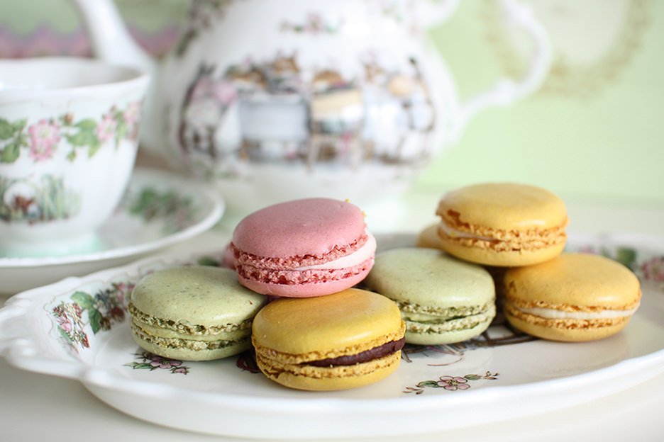 the top 5 macaron shops in paris. Black Bedroom Furniture Sets. Home Design Ideas