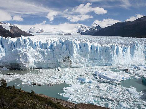800px perito moreno glacier patagonia argentina luca galuzzi 2005