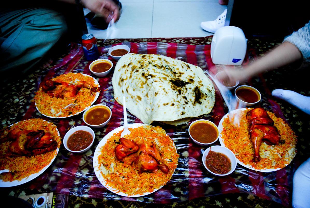 Yemen food and restaurants for Cuisine yemenite