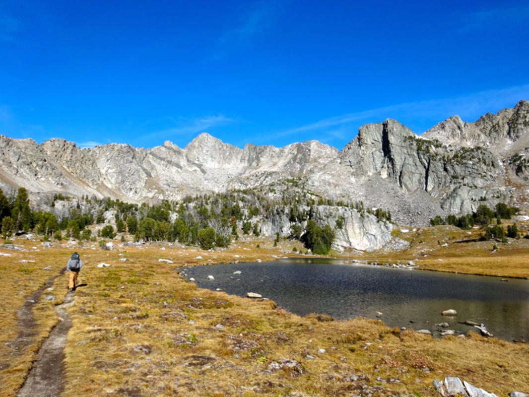 Beehive Basin, photo by AMountainJourney.com