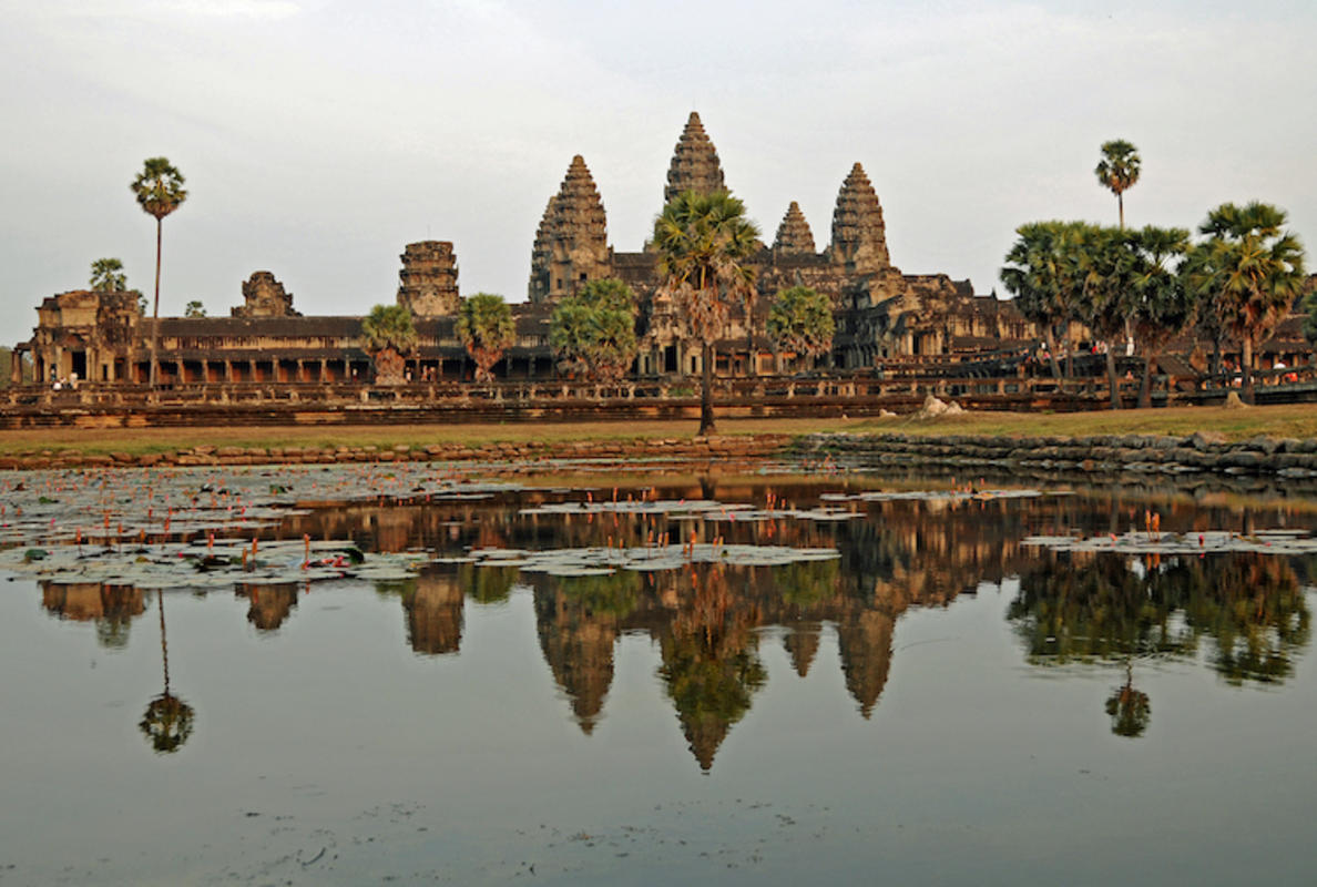 """Cambodia-2638 - Mighty Angkor Wat"" by Dennis Jarvis via Flickr Creative Commons"