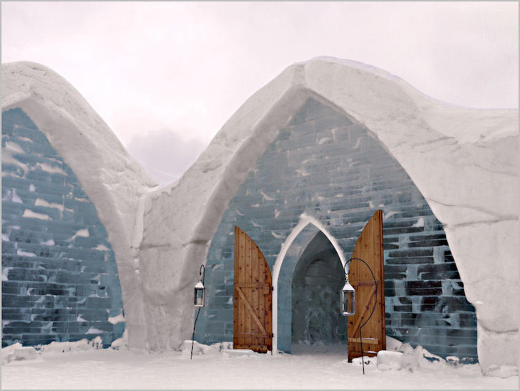 """Ice hotel (Quebec 2013) 1"" by Louise Leclerc via Flickr Creative Commons"