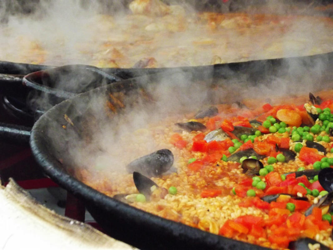 Seafood Paella // Photo Credit: Paul Samuel Dickie
