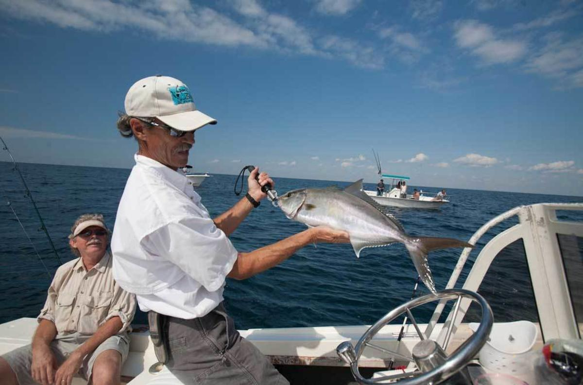 10 amazing outdoor adventures to have in pensacola for Pensacola deep sea fishing