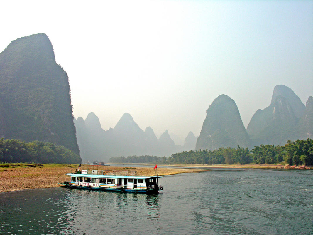 """China-7772 - Li River"" by Dennis Jarvis via Flickr Creative Commons"