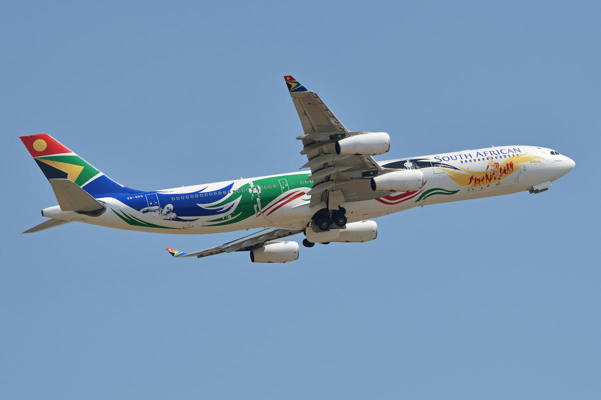 Airbus A340-313E 'ZS-SXD' South African Airways by Alan Wilson via Flickr Creative Commons