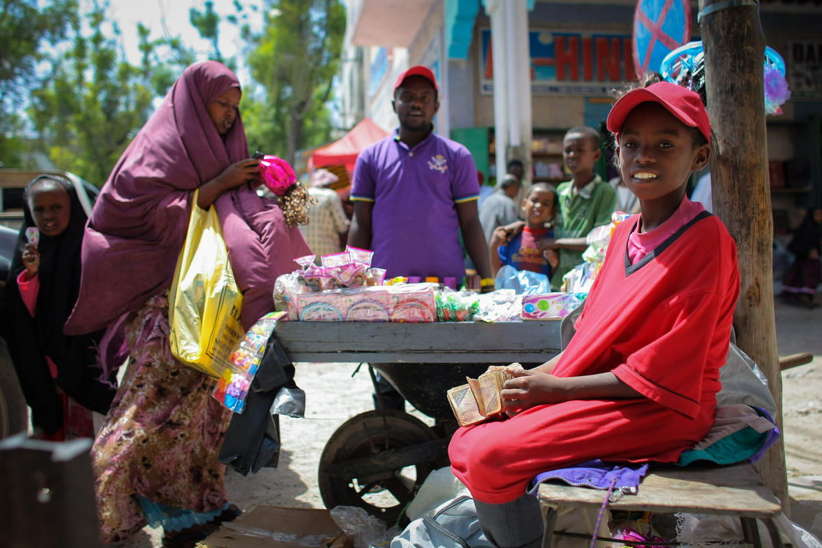 2013_08_05_Mogadishu_Life_Economy_003 by AMISOM Public Information via Flickr Creative Commons