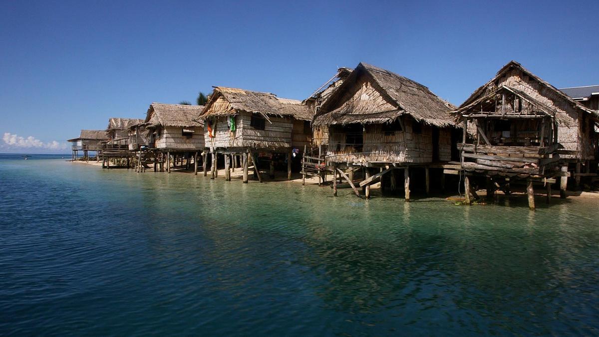 WorldFish Lilisiana village, Solomon Islands by Wade Fairley via Flickr Creative Commons