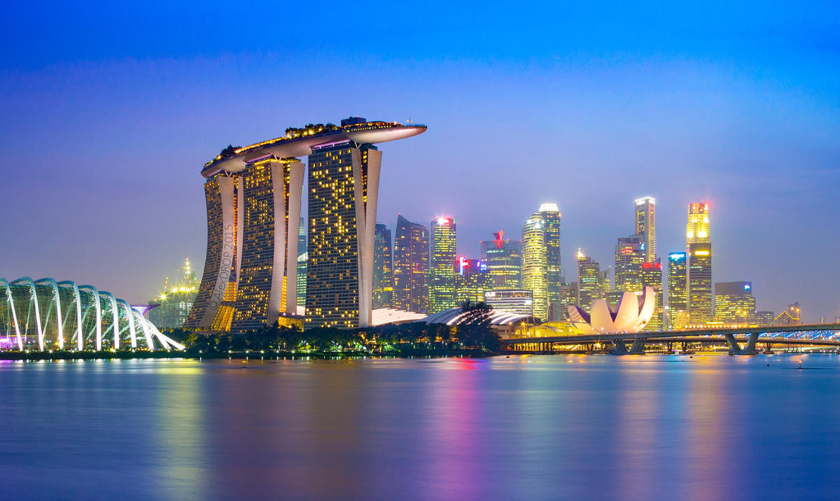 _MG_5431_web - Singapore Marina Bay skyline by Alex DROP via Flickr Creative Commons