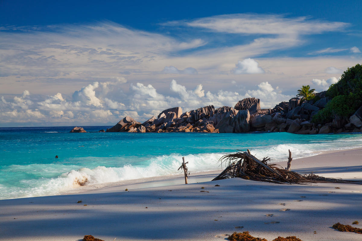 Petite Anse, La Digue, Seychelles by Jean-Marie Hullot via Flickr Creative Commons