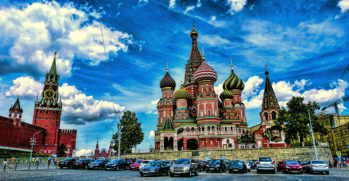 Colors of Russia by Mariano Mantel via Flickr Creative Commons