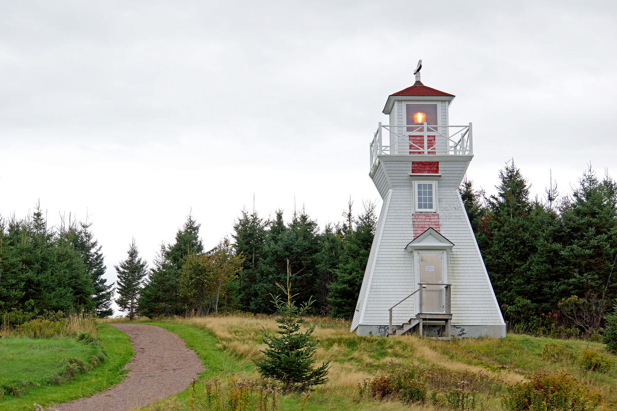 PEI-00497 - Warren Cove Back Range Lighthouse by Dennis Jarvis via Flickr Creative Commons