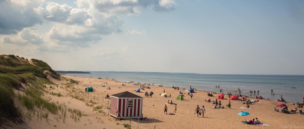 Les plages de Cavensidh - Ile du Prince Edouard by Etienne Valois via Flickr Creative Commons