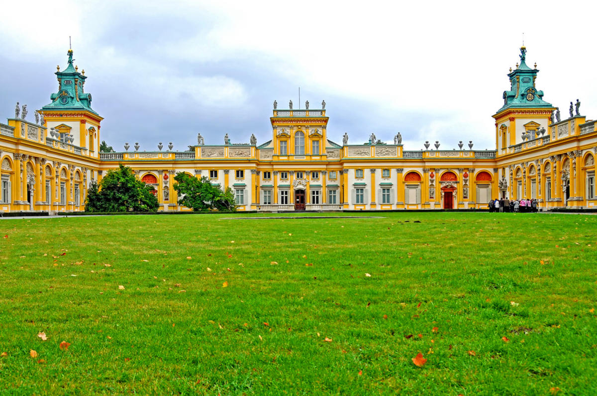 Poland_4145 - Summer Palace by Dennis Jarvis via Flickr Creative Commons