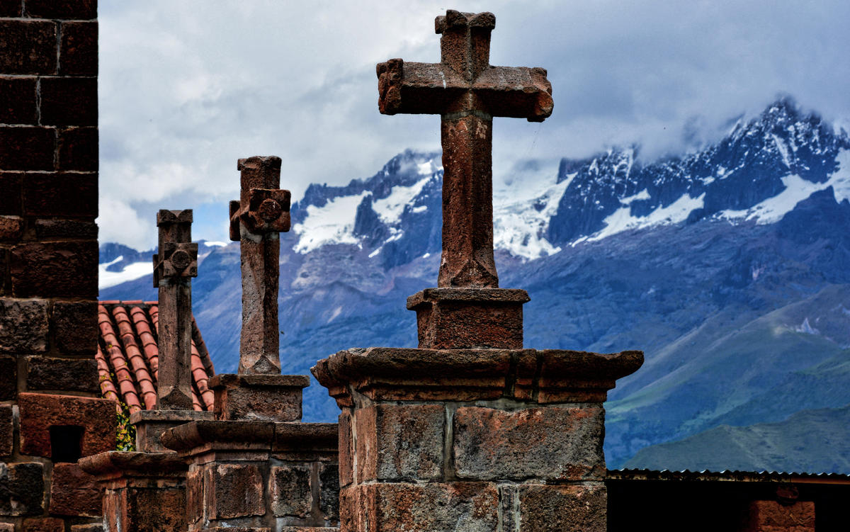 Cruces de Tiobamba by Mariano Mantel via Flickr Creative Commons