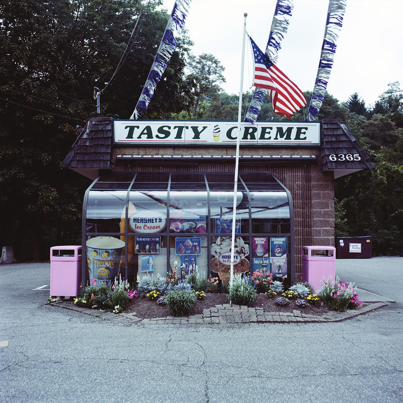 Tasty Creme by michaelgoodin via Flickr Creative Commons