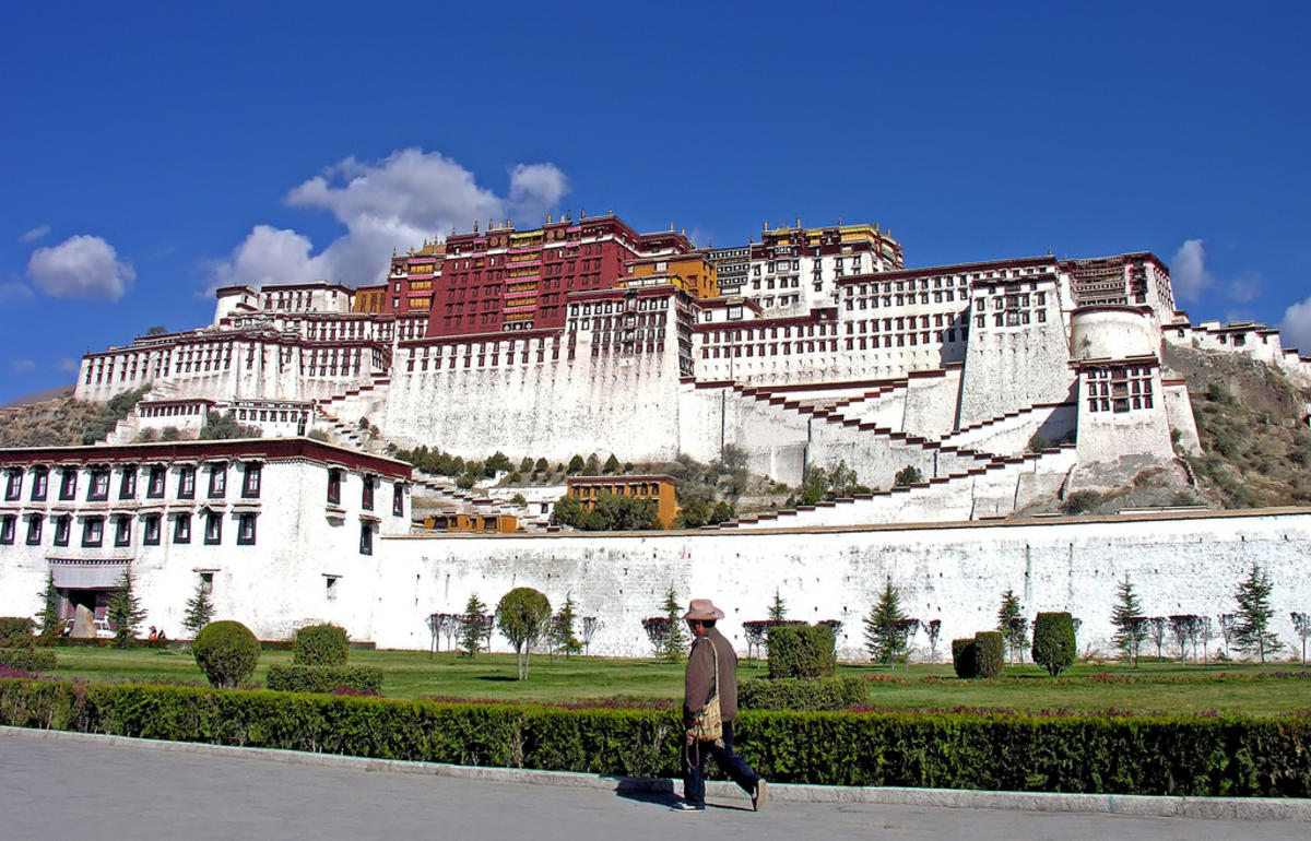 Tibet-5483 - Potala Palace Photo by Dennis Jarvis via Flickr Creative Commons