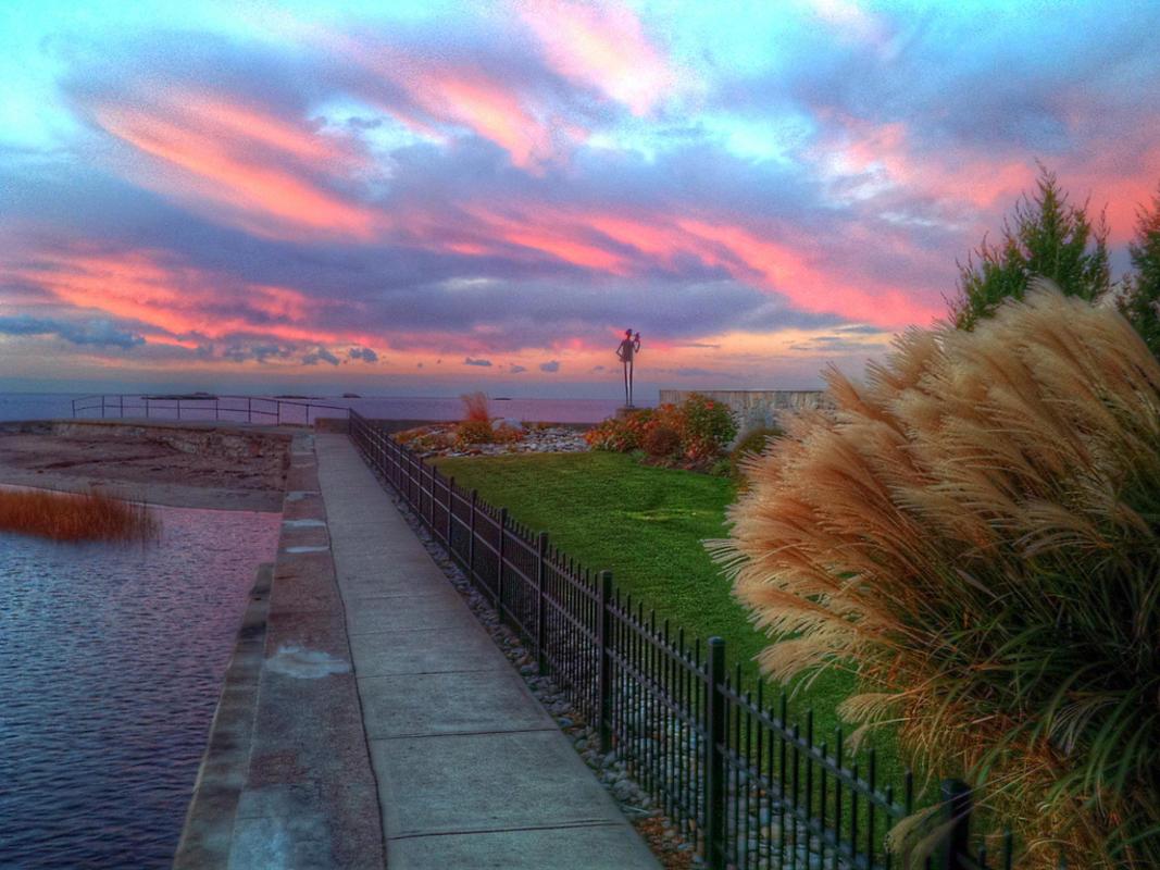 iPhone Sunrise Photo by slack12