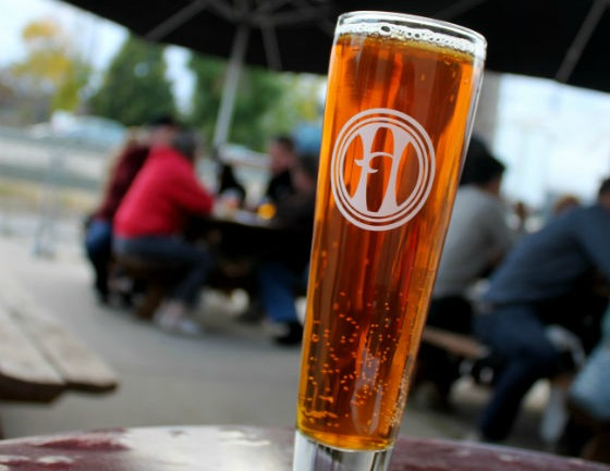 MN-Minnepolis-Harriet_Brewing-oktoberfestharriet-thumb