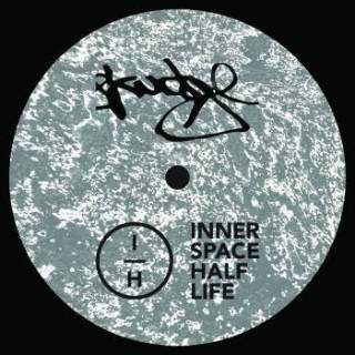 SKUDGE-W03: Innerspace Halflife - 1000 Light Years Of Acid