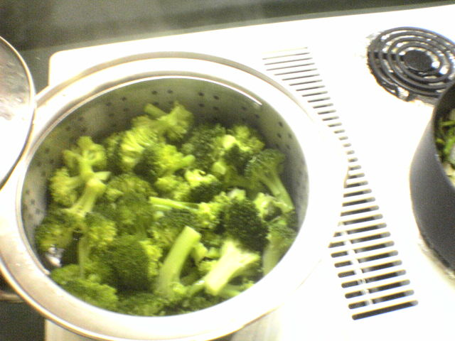 steam about half a cup of water, and steam broccoli for 3 minutes = delicious