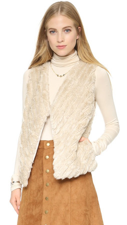 Bb Dakota Keith Faux Fur Vest - Oatmeal