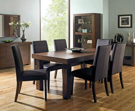 Bentley Designs Akita Walnut 4-6 End Extending Dining Table & 6 Leather Chairs