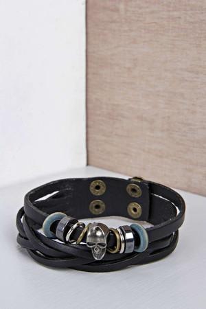 Bracelet with Metal Fastening - black