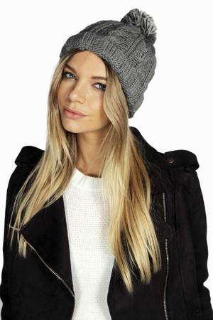 Chunky Knit Bobble Hat grey