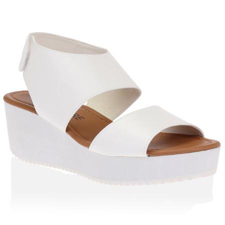 Cindy Flatforms in White