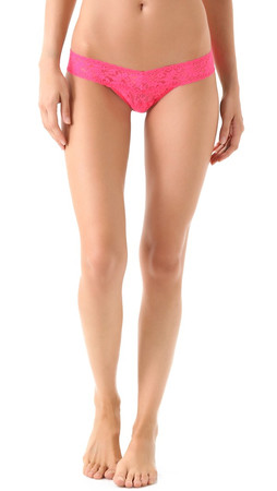 Hanky Panky Signature Lace Low Rise Thong - Vivid Coral