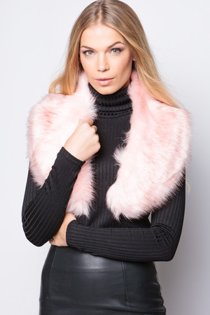Kylie Pink Faux Fur Collar