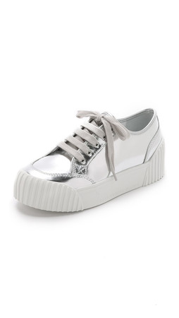 Marc By Marc Jacobs Riley Metallic Low Top Sneakers - Silver