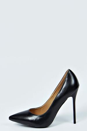 Pointed Toe Court Heels black